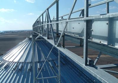 Catwalk Conveyor over Grain Bin